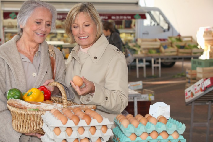 A New Initiative Makes It Easier for Seniors to Shop for Fresh Produce