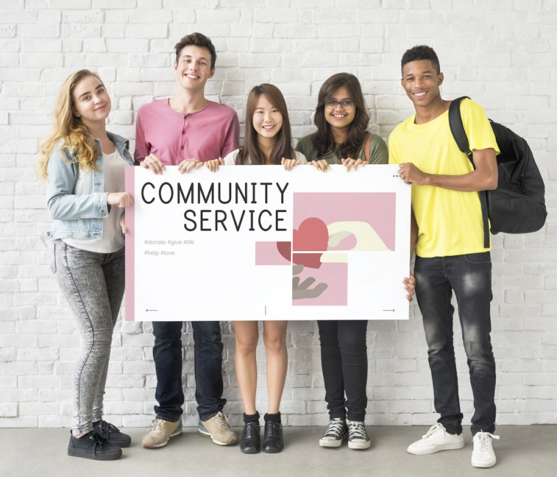 Students volunteering programs